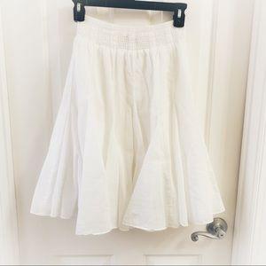Banana Republic White Flutter Skirt Size Small